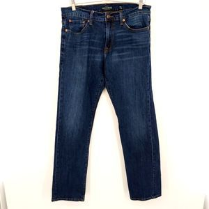 Lucky Brand 221 Straight Jean Size 32X32